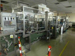 Complete blister packing line for tablets, capsules etc, with IMA C60, checkweigher, vignette labeller and bundler shrink wrapper